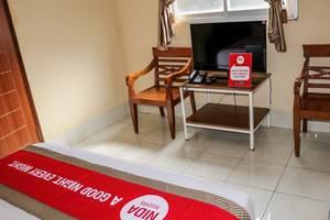 NIDA Rooms Palasari 32 Lengkong - Kamar tamu