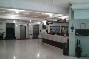 Hotel Merdeka Madiun - Lobi