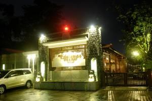 The Edelweiss Hideaway Solo - entrance