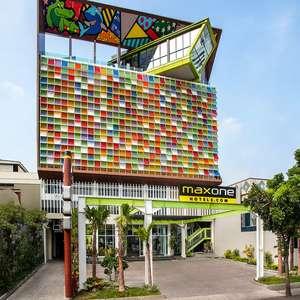 MaxOneHotels at Tidar Surabaya