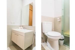 OYO 301 Umah Nusa Dua Residence Bali - BATHROOM