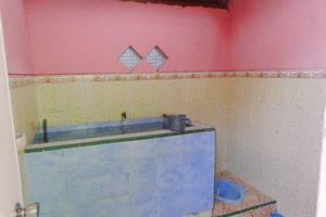 Homestay Firdaus 2 Gunung Bromo Probolinggo - Kamar mandi