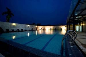 Comfort Hotel Dumai Dumai - Kolam Renang yang Baru