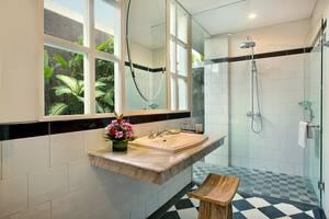 Maison At C Boutique Hotel Bali - Deluxe Garden & Studio Bathroom