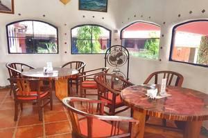 Hotel La Hasienda Kupang - Interior