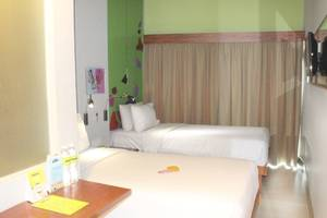 MaxOne Hotel Sabang - Max Happiness Twin