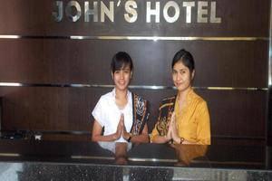 John Hotel Kupang - Receiptionist