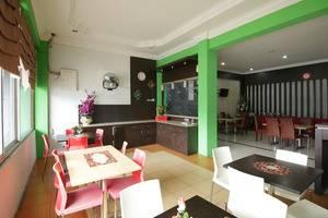 Airy Sumahilang Sisingamangaraja 10 Pekanbaru - Restaurant