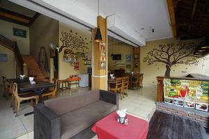 RedDoorz Plus @ Ronta Popies Legian Bali - Interior
