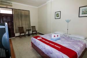 NIDA Rooms Mantrijeron Tugu Station - Kamar tamu
