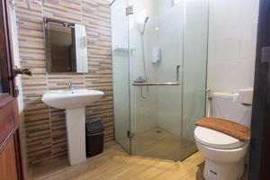 Hotel Adilla Syariah Ambarukmo Yogyakarta - family room