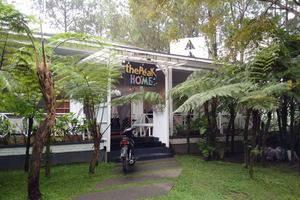 The Peak Home Boutique Hotel Bandung - Tampak dari depan