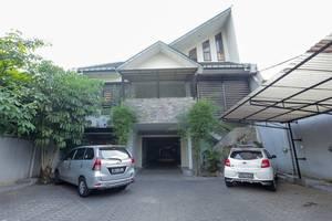 RedDoorz near Sukajadi Bandung - Eksterior