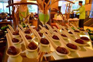Hotel Syariah Solo - buffet