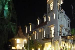 EL Hotel Malang - Tampilan Luar Hotel