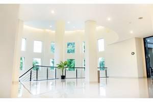 Elhotel Malang - Interior