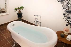 Menumbing  Heritage Hotel Bangka - toilet