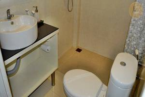 Kabana Hotel Mataram - Kamar mandi
