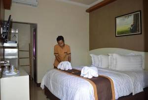 Kabana Hotel Mataram - Room