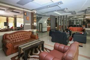 Airy Medan Helvetia Tengku Amir Hamzah 38 - Lobby Area