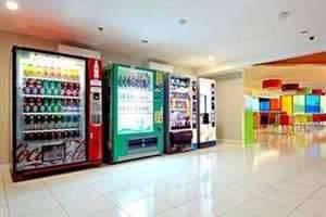 POP Hotel Bandung - Mesin Penjual Otomatis