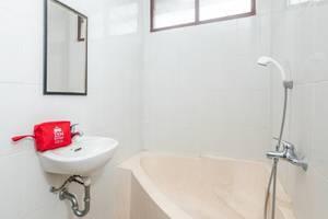 ZenRooms Kuta Kubu Anyar 2 Bali - Kamar mandi