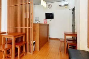 ZEN Rooms Duren Sawit Dermaga Jakarta - Front Desk