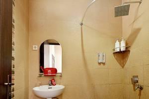ZEN Rooms Duren Sawit Dermaga Jakarta - Kamar mandi