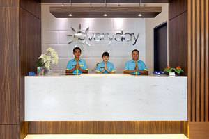 Everyday Smart Hotel Jakarta - Resepsionis