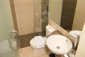 Meize Hotel Bandung - Kamar Mandi Superior