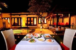 The Tukad Villa Bali - Candle Light dinner