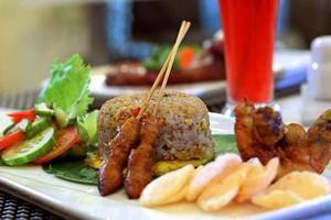 Hom Hotel Semarang - Makanan