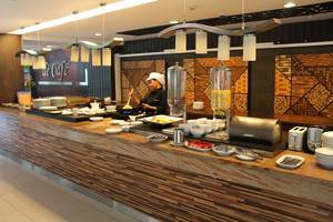 Prasada Mansion Jakarta - Decafe Restoran