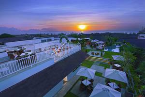 favehotel Kuta Kartika Plaza - Sunset Bridge