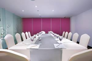 favehotel Kuta Kartika Plaza - Board Room