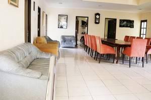 NIDA Rooms Cipayung Puncak Pass - Ruang tamu