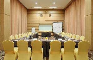 The Luxton Bandung Bandung - Meeting Room