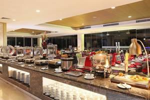 Swiss-Belhotel Makassar - Buffet