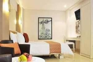 Hotel Pyrenees Jogja - Fasilitas Kamar
