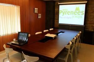Hotel Pyrenees Jogja - Ruang Rapat