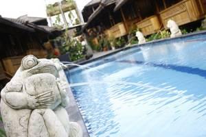 Hotel Pesona Bamboe Bandung - Swimming Pool