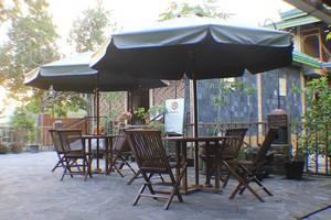 Griya Inap Moeslem Kemala Seturan Yogyakarta - Cafe
