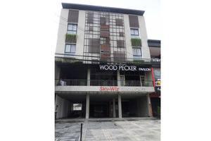 Woodpecker Hotel Yogyakarta - Exterior