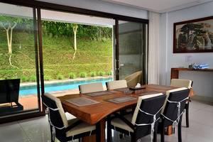 Permai Villa Dago Bandung - Ruang Makan