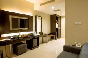 Maestro Hotel Kota Baru Pontianak - Junior Suite Room
