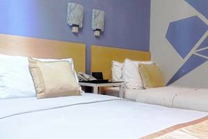 Griya Sintesa Manado - Twin Room