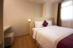 Gunawangsa Manyar Hotel Surabaya - Deluxe Business Family Two Bedroom