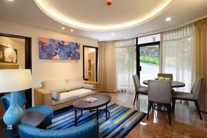 Hotel Surya Prigen Tretes - Ruang tamu