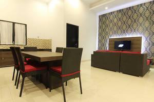 The Baliview Luxury Hotel & Resto Pekanbaru - living room