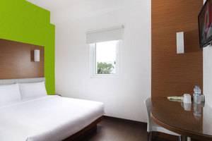 Amaris Hotel Malang - Kamar Tamu